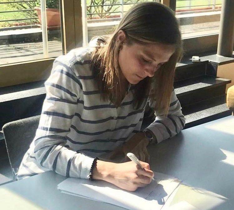 Anna Wellmann stays two more years in Leverkusen